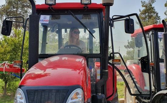 Тракторҳои замонавӣ: 50% ба 50%